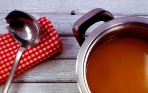 brodo di pollo ricetta di base pomodori secchi polpette tortellini
