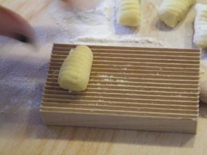 gnocchi patate ricetta fatta in casa francesca tabarini zafferano